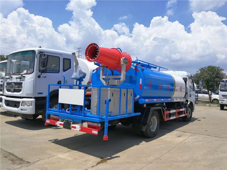 东风多利卡8吨雾炮洒水车侧方图