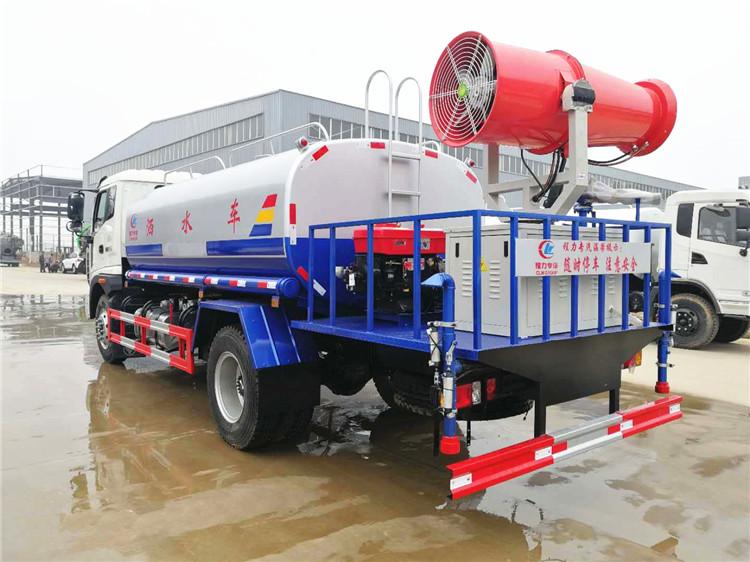 福田瑞沃12吨洒水车侧方图