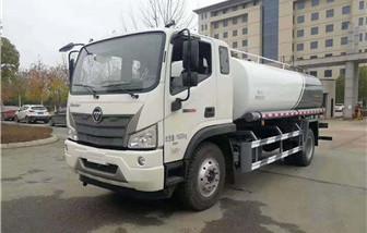 国六福田12-15吨洒水车