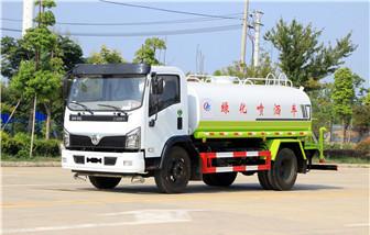 国六东风福瑞卡9吨洒水车