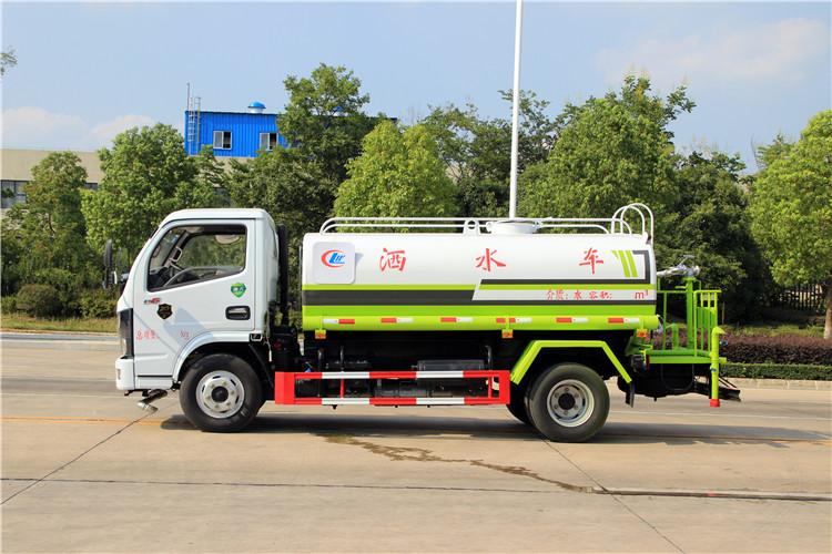 国六新款5吨洒水车