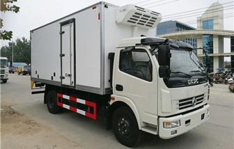东风多利卡冷藏车厢长5.15米