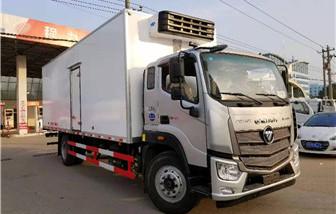 福田欧马可S5冷藏车厢长7.6米