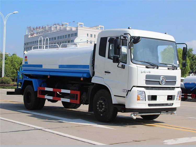 东风天锦12吨洒水车多方位视角图片