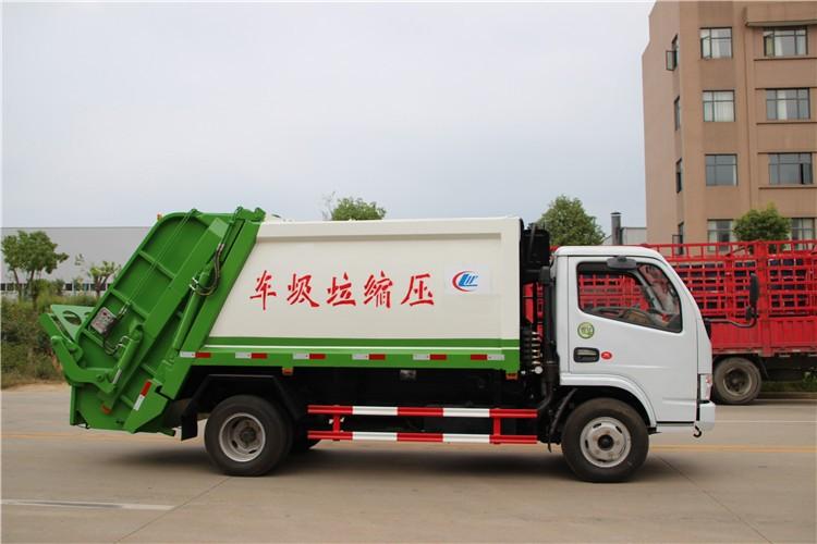 东风多利卡5-6方压缩垃圾车多方位视角图片