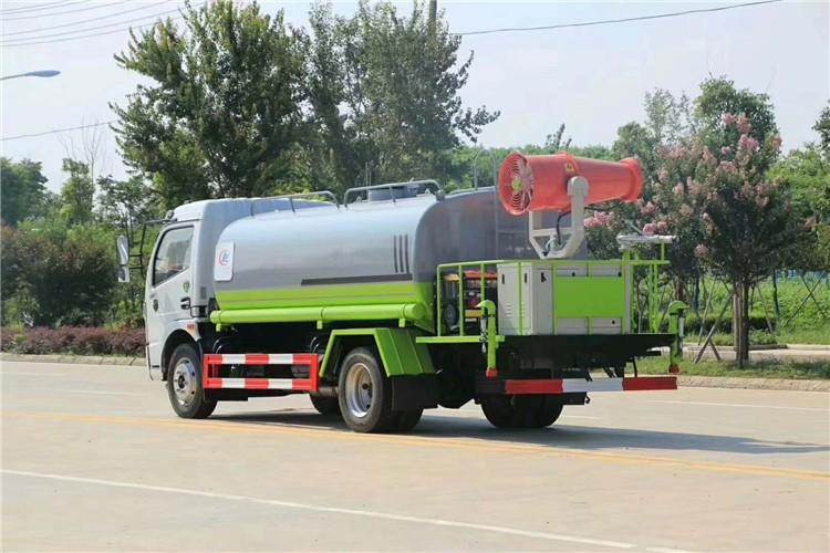 国六东风多利卡9.2吨雾炮洒水车多方位视角图片