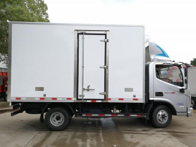 福田奥铃速运冷藏车厢长4.08米多方位视角图片