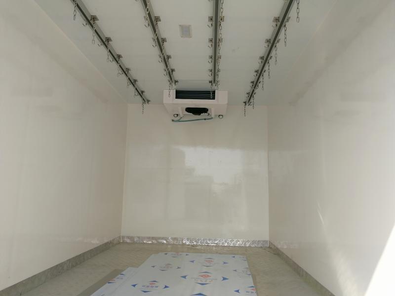 江淮帅铃冷藏车厢长4.02米多方位视角图片