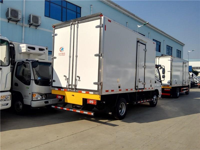 福田欧马可冷藏车厢长4.085米多方位视角图片