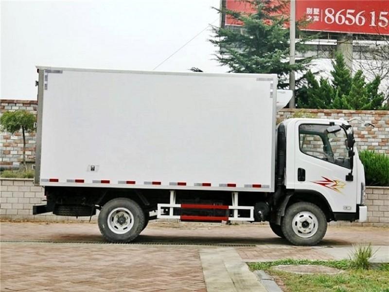 解放虎V冷藏车厢长4.13米多方位视角图片