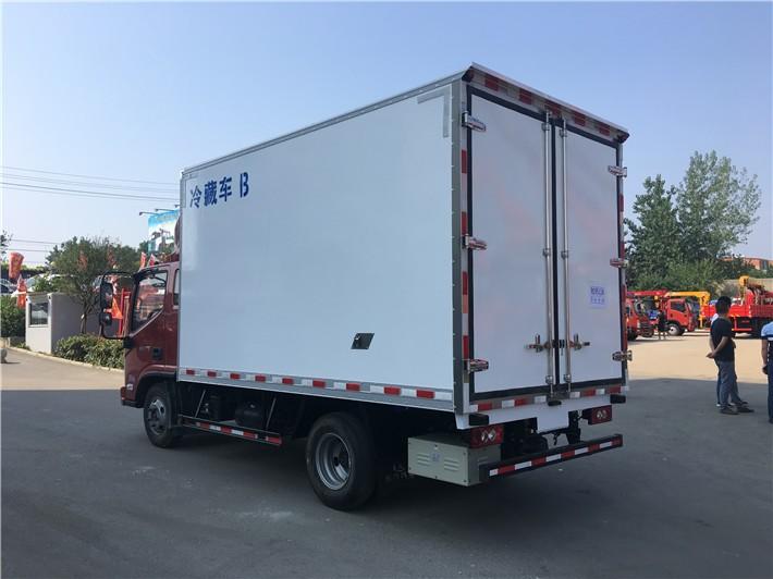 国六福田奥铃冷藏车厢长4.085米多方位视角图片