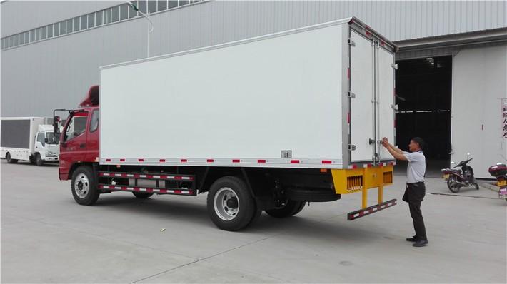 福田奥铃排半冷藏车厢长5.1米多方位视角图片