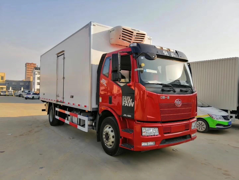 解放J6L质惠版冷藏车厢长6.8米多方位视角图片