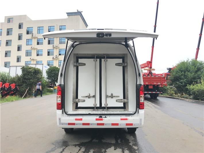 福田G9面包冷藏车3.5立方多方位视角图片