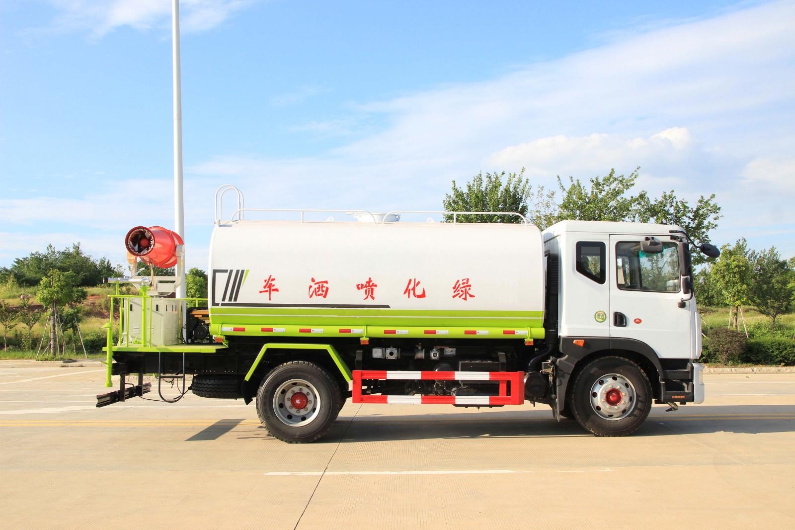 国六东风D9雾炮洒水车(12-15方)多方位视角图片