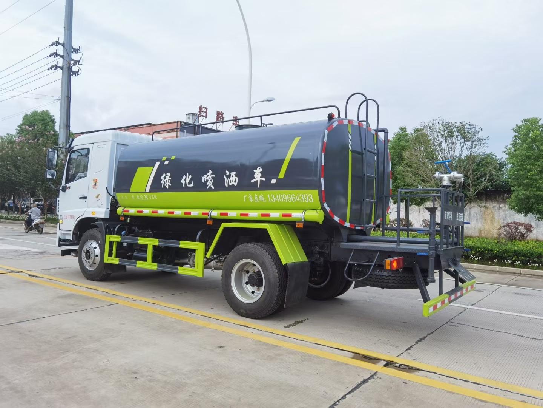 东风华神12吨洒水车多方位视角图片